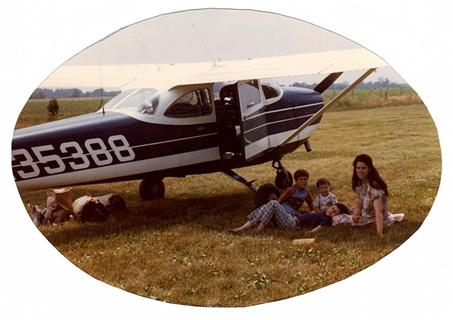 Hersman Children under Airplane wing Illinois 1980
